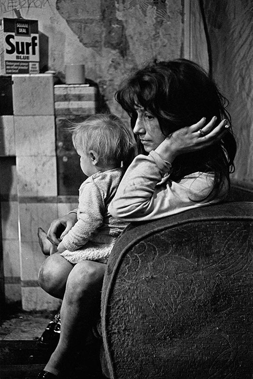 Mother and child West End Newcastle  (1971)