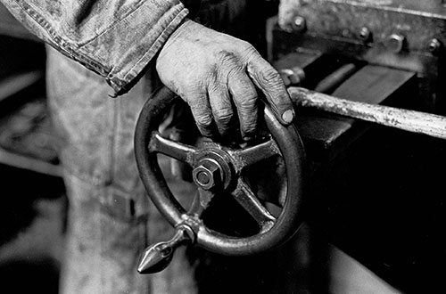Hand on a lathe, Lee Howl pump factory Tipton  (1978)