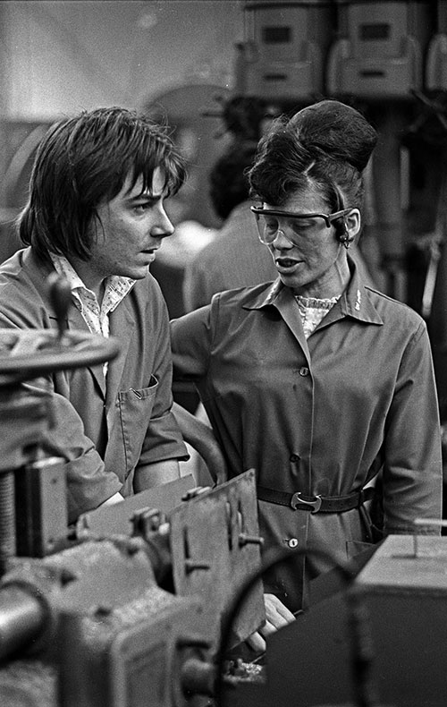 Discussion on the production line Lee Howl pump factory Tipton  (1978)