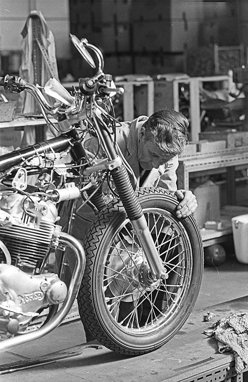 Completing an unfinished motorcycle, Norton's Wolverhampton  (1976)
