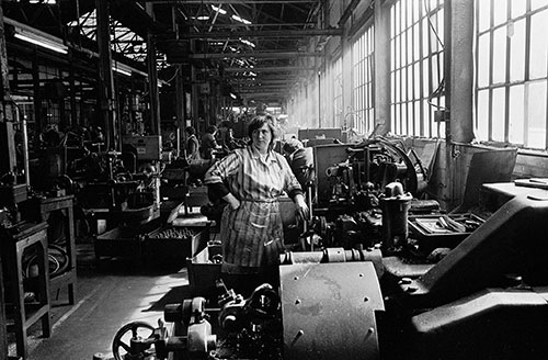 The lathe workshop, Lee Howl pump factory Tipton  (1978)