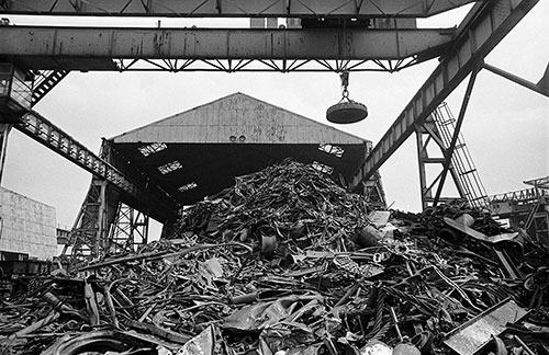 The scrap metal crushing plant British Steel Bilston  (1977)