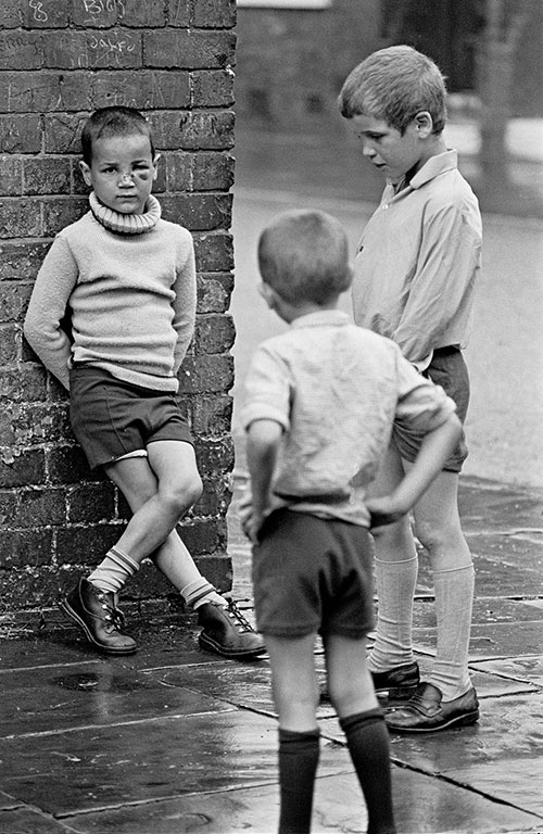 Children on a street corner, Manchester  (1971)